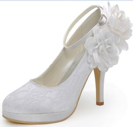 Wholesale Lace Flats For Bridesmaids - 2016 Wedding Shoes Cheap Modest Bridal Shoes Buckle Strap Lace Womens Buckle Strap High Heels Fashion Ladies Party SHoes For Bridesmaid Shoe
