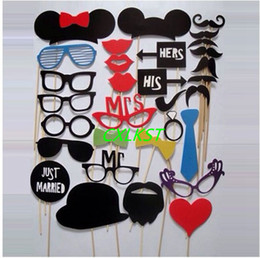Wholesale Hawaii Mask - 31pcs Set Wedding Party Favors DIY Photo Booth Props Mask Mustache Tie Lip Hat Good Quality Brand New