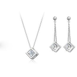 Bakır malzeme kakma zirkon takı Kolye Küpe Set Moda İnci takı setleri! Yeni Varış 18 K Altın Kaplama İnci Takı seti VIA DHL cheap fashion pearl jewelry sets new arrival nereden moda inci takı setleri yeni varış tedarikçiler