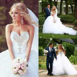 Wholesale Wedding Dress Crystal Necklines - 2016 Ball Gown Wedding Dresses Sweetheart Neckline Crystal Floor Length Tulle Bridal Gowns Court Train Real Photo Plus Size