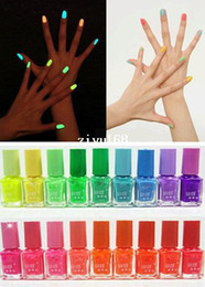 Lucido al neon incandescente online-2014 Fashion Special Hot Sale 10pcs fluorescente luminoso al neon bagliore in smalto scuro smalto per unghie smalto # 26037