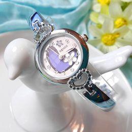 Wholesale China Dress Pattern - New Fashion Hot Luxury Wristwatches Bracelet Heart Pattern gift Unique Silver Dial Designer Women Dress Quartz watches Cheap China watches