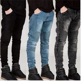 Jeans scarni di lavaggio grigio online-Hot's 2018 New mens Biker Jeans Moto Slim Fit lavato giallo Nero Grigio blu Moto Denim skinny pantaloni elastici Pantaloni per uomo jeans