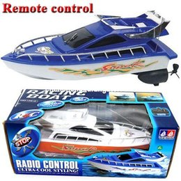 Wholesale RC Boats Ship Powerful Double Motor Radio Remote Control Racing Speed Electric Toy Model Ship Children Gift RC Boats Control Vehicles toys