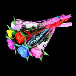 piante artificiali di giglio artificiale Sconti 6 colori San Valentino Led Fiore rosa led Nightlight Colori romantici Variabili LED Candle Vindicate Party Lights 240172
