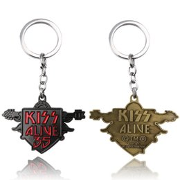Wholesale Boy Kissing Girl - Wholesale exquisite Rock Band Kiss 35 logo keychain factory direct heavy metal rock band key chain Christmas gifts
