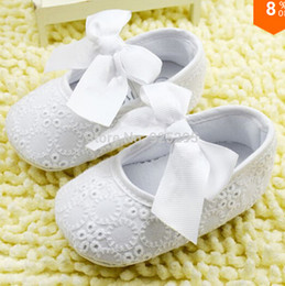 Wholesale crochet baby shoes free - White Bowknot Baby Girl Lace Shoes Toddler Prewalker Anti-Slip Shoe Simple Baby Shoe Free &Drop shipping 3pairs