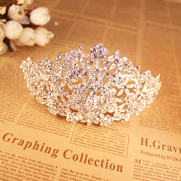 Wholesale Unique Bridal Crowns - Wedding Crowns And Tiaras For Brides Flower Crystals Wedding Hair Pieces Bridal Hair Accessories Unique Bridal Headpieces