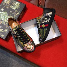 Wholesale Office Women - Dress shoes for man Women new mesh leather classic brown black Business ol mens italian dress shoe lOVER