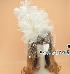 El yapımı Çiçek Tüy Gelin Şapka Saç Aksesuarları Tocados Para Boda Plumas Düğün Peçe Şapkalar Sıcak Satış Düğün Şapka Peçe Chapeau Mariage nereden