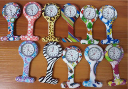 Wholesale Plastic Nurse - Wholesale 11colors New Nurse Watch Brooches Silicone Leopard Tunic Batteries Nurse Watch NW002