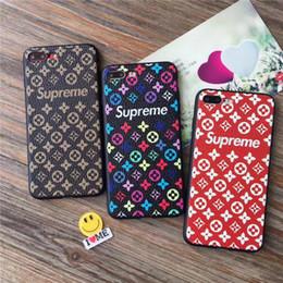 Pour Iphone X Téléphone Cas Célèbre Marque Soft Tpu Populaire Factory Outlet  Produits Plus Cas de Téléphone portable Pour Iphone 6 7 8 Plus magasin  d usine ... 08f7a1df6b08