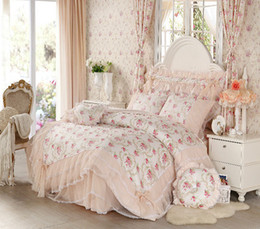 Wholesale Korean Duvet Covers - Wholesale-Korean style Lace princess bedding set home textile 4pcs Flower bedspread bed skirts girl bedclothes duvet cover queen king
