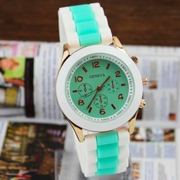 Wholesale Men Watches Bulk - Wholesale-Women Wristwatch 2015 New Fashion Simple Jelly Silicone Watch Women Men Sports Watch Geneva Watch Wholesale Bulk Casual Watch