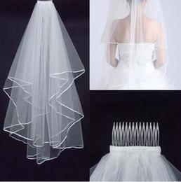 Schulter schleier online-Günstigste Zwei-Schicht Brautschleier Real Garden Veils schulterlang mit Kamm Hochwertige weiße Schleier für Hochzeit HT50