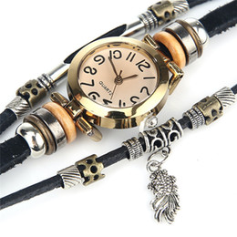 Wholesale Round Steel Stock - (In stock)Free delivery of high quality female cortical retro watches, small fish pendant bracelet watch jewelry Christmas gifts