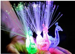 magie grandes illusions Promotion DHL 2400 PCS LED Doigt De Paon Anneau Lumières Poutres Partie Discothèque Couleur Paon Anneaux Fibre Optique Lampe Enfants Enfants Halloween Cadeaux
