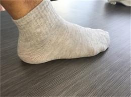 Wholesale China Wholesale Huf Socks - Wholesale-Hot Sale Adult Tube Sock China Factory Cotton Sock Supplier Business Basketball Socks Sport Free Shipping