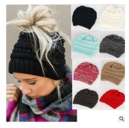 Wholesale Trendy Hats Women - Christmas Gifts Hat Women Warm Thick Trendy Warm Winter knitted Chunky Soft Slouchy Beanie High bun Ponytail Stretchy Hats Free Shipping