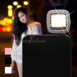 treppiede Sconti Regolabile Ricaricabile Mini selfie Sync Fill flash LED 16 luci riflettore di Wired per la macchina fotografica del telefono mobile Tablet
