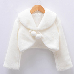 Wholesale England Belt - Little Girls Faux Fur Capes and Jackets 2018 Long Sleeves Winter Plush Shawl Flower Girl Dress Coat Collocation Children Costume Kanjian