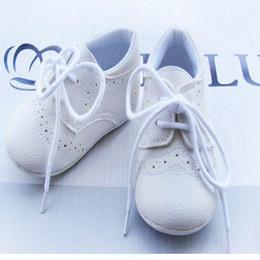 caoutchouc Promotion Vente en gros-Hot sale1pair Lace-Up marque chaussures en cuir bébé premiers marcheurs garçon / filles en caoutchouc bottes enfant en bas âge / chaussures pour bébé / nouveau-né antidérapant