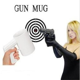 Wholesale Coffee Cup Pistol Handle - 50pcs lot DHL Free Shipping Cool Pistol Grip Cups Gun Handle Ceramic coffee Cup White & Black 400g 1010#18