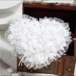 Wholesale Bridal Ring Pillows - Heart Style Sweet White Pearls Flowers Lace Ring Pliiows Crystal Luxury Wedding Bridal And Groom Rings Pillow