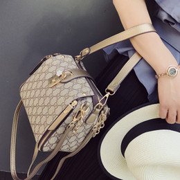 Wholesale Small Pvc Shopping Bags - 2016 luxury Brand Real oxidizing leather shopping Bag speedy Damier Handbag 25 30 35 with strap lock and key Classic Printed Canvas Bag
