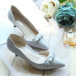 Wholesale Nude Color Work Dress - Europe and America new fashion side pierced bow pointed work shoes nude color sweet low-heeled shoes with thin women shoes @01