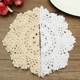 Wholesale Cotton Crochet Table Mat - Wholesale- Table Mat Coasters Round Hand Crocheted Lace Doilies Vintage Cotton Yarn Home Dining Table Decorative Accessories Fabrics