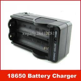 Novo Carregador de Bateria 18650 Dupla Linha 18650 Li-ion Baterias Sem Fio com Anti-sobrecarga Carregador de Viagem Inteligente de Fornecedores de carregador de viagem sem fio