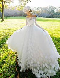 Vestidos de novia de encaje sexy una línea de Tulle capilla tren Bateau mangas largas vestidos de novia Applique Ribbon Sash vestidos de boda personalizados desde fabricantes