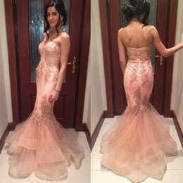 Wholesale Classic Tires - Free Shipping 2016 New Formal Evening Dresses Mermaid Vintage Strapless Lace Appliques Prom Gowns Saudi Arabia Tired Skirts Party Dress