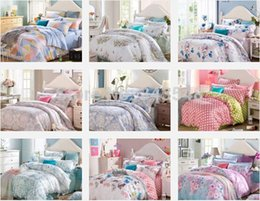 Wholesale Queen Floral Quilt - Wholesale-Floral Print Polka Dot Striped Geometric Bedding Set Queen King Size,Bright Color Summer Cool Bedroom Textiles Quilt Cover Sets