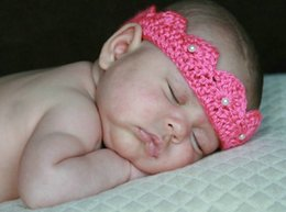 Wholesale Crochet Crowns For Babies - Wholesale-Free shipping new style 21 colors crown style baby hat handmade crochet photography props newborn baby cap only for newborn