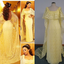 Carré jaune en Ligne-Mayiam Fares Light Yellow Celebrity Robes 2015 Avec Cape Square Neckline Gaine Robes de soirée avec Cape fixe Photos réelles