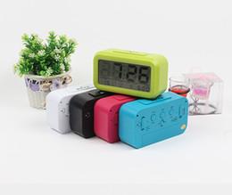 Despertador digital gratuito on-line-Livre DHL, 10 PCS 5 Cor Eletrônico Digital Alarm Clock LED Backlight Controle de Luz Termômetro Temperater Relógio