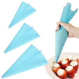 Wholesale Pastry Decorate Bag Large - Wholesale- Thicken 39cm Large Silicone Cake Pastry Bag Reusable Cupcake Cake Icing Piping Bag Pastry Cream Decorating Bags Kitchen Tool