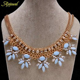 Wholesale Pink Gold Statement Necklace - 010 Women's chunky gold fashion choker necklace statement necklace jewelry with blue pink resin flower