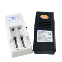 Wholesale Automatic Battery Chargers - New trustfire TR-001 charger Intelligent charger Lithium Battery Charger automatic smart-charger vs trustfire TR-002 TR-003 0205019