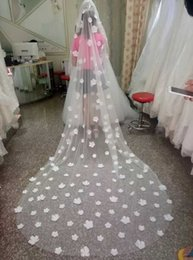 Wholesale Three Layer Cathedral Veil - 2016 New Stunning Veils Handmade Flowers Wedding Veils Cathedral Length Free Comb Three Meters Lenght Sheer Tulle Cheap Bridal Veil