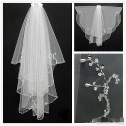 Wholesale Short Crystal Veils - New Fashion White Ivory 2016 Short Two Layers With Comb Bridal Veils Wedding Accessories Free Shipping Beaded Edge Crystal Fashion