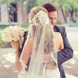 Wholesale Cheap Hair Nets - 2017 Cheap Lace Wedding Veils Appliques Edged Tulle Hair Bridal Veils Elbow Length White Ivory Chic Wedding Bridal Veils