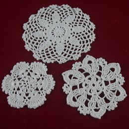 Wholesale Lace Table Pad - handmade Crocheted Doilies cup mat 3 Design vase Pad, White lace Round coaster Home & Garden 10-16 cm table mat 30 PCS   LOT tmh360