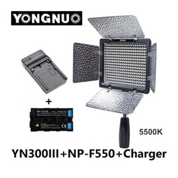 Wholesale Np Battery Charger - Yongnuo YN300 III YN-300 III 5500K CRI95 Camera Photo LED Video Light with 2300mAh NP-F550 Battery with Charger set