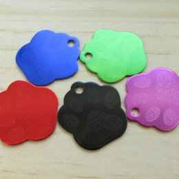 Wholesale Paw Pet Tags - 100pcs lot 28X26MM Small Size Paw Shape Pet Dog Identity Tags Footprint Aluminum Pet Cat tags