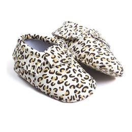 Wholesale Leopard Baby Girl Boots - Leopard Print Baby Shoes Boy Boots Handmade Tassel Leather Children Moccasins Fashion Toddler Shoe Fringe Bebe First Walkers