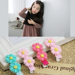 Wholesale Super Cute Korean - 2015 New Arrival Fashion Children Accessories Super Cute Flower Baby Girls Hairclips Korean Style Kids Princess Hair Barrettes M931
