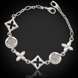 Diamantes de imitación de lujo online-Brazalete de la marca de lujo de la marca europea 18K chapado en oro real pulseras con cristal de diamantes de imitación regalo Jewelllery venta al por mayor YH5012